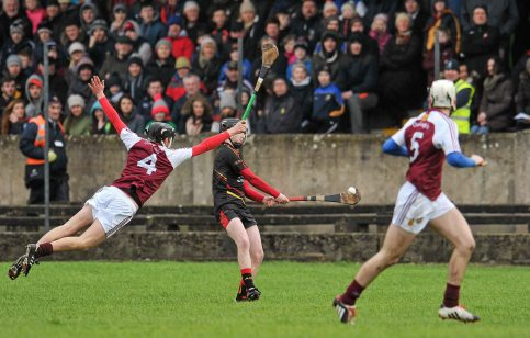 20 February 2016; Paul O'Brien, Ardscoil Ris, in action against Eoghan Ryan, Our Ladys Templemore. Dr. Harty Cup Final, Ardscoil Ris v Our Ladys Templemore, McDonagh Park, Nenagh, Co. Tipperary. Picture credit: Sam Barnes / SPORTSFILE